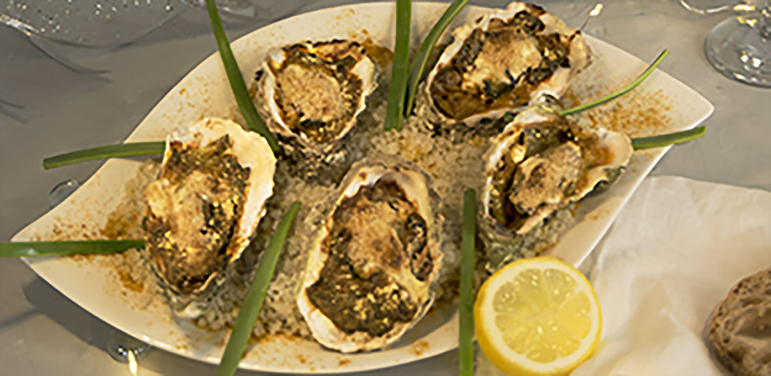 huîtres gratinées au poireau et curry