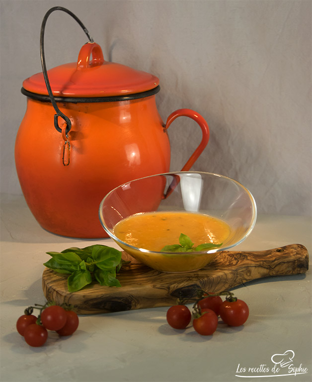 velouté courgette tomate